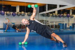 foto do Profissional de educação física Jorge Kovacs treinando